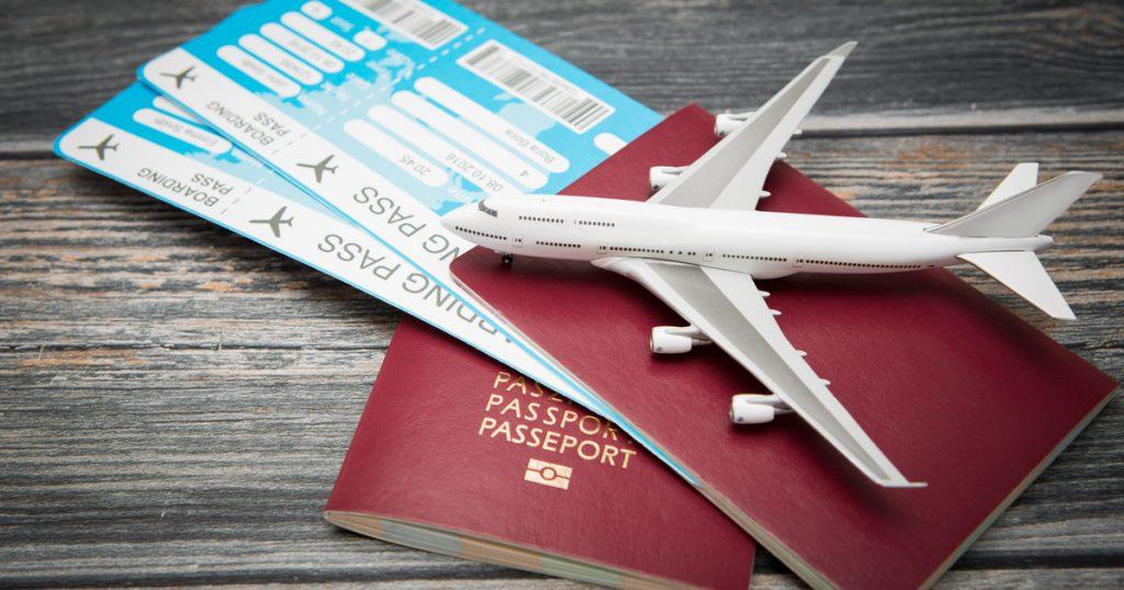 Смотреть Путешествие со скидкой: как сэкономить на авиабилетах видео